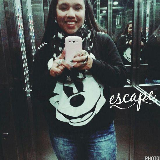 Me Escape Love Life<3