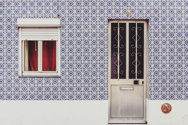Door Built Structure Architecture Building Exterior Window No People Doorway Day Details Textures And Shapes Tiles Architecture Tilesphotography Traditional Traditional Tiles Facade Detail Ilhavo Portugal Oficial Fotos Colection EyeEm© Portugal Art Is Everywhere
