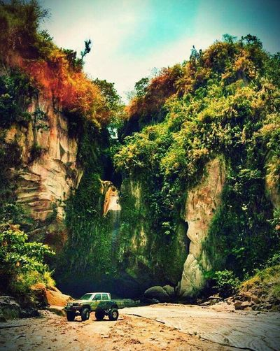 More Fun In The Philippines  Sapangbato Nature Photography Vintage Car Toyota Hilux 106 Eye Em Nature Lover
