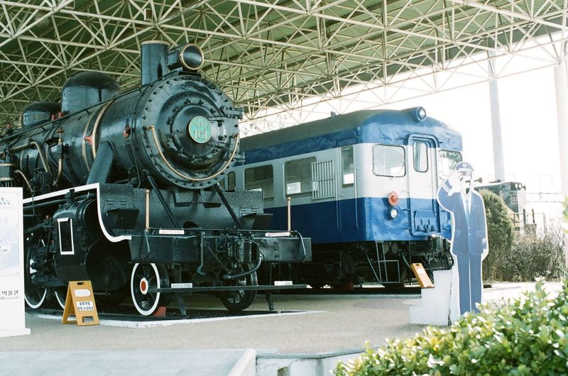 Railway Museum Uiwang Old Train Hello World Hi! Taking Photos 35mm Camera Film Photography Filmcamera 35mm Film Lucky Super 200 NIKON FE2