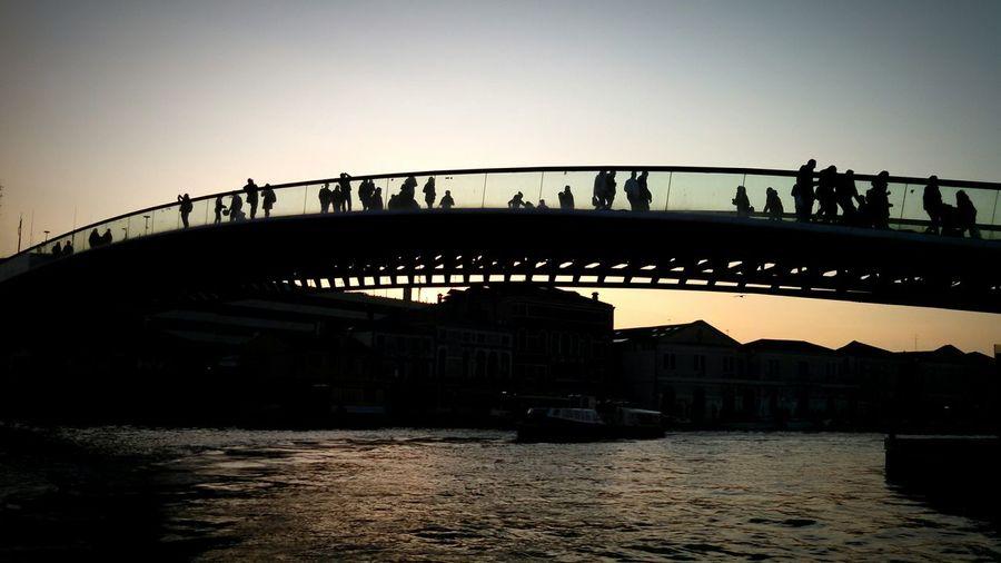 Venice Canals Coucher De Soleil Venizia Sunset Sunsetporn Sunset Silhouettes Sunset_collection Campazzo Tre Ponti