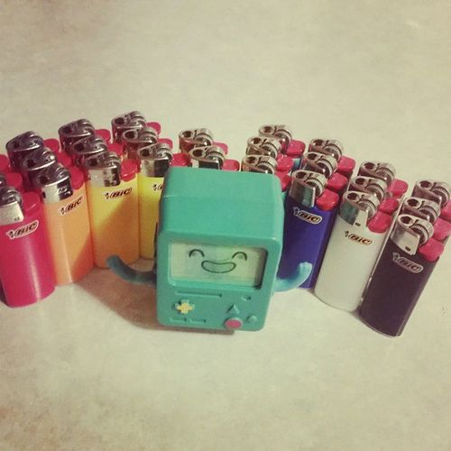 BMO is miiiiildly obsessed with MiniBicLighters . Adventuretime Finnthehuman Jakethedog finn jake colorful marceline princessbubblegum lumpyspaceprincess picoftheday peppermintbutler bmotheadventurer love flameprincess instadaily BMO thelitch bestoftheday ladyrainicorn instagood iceking gunter photooftheday penguins whattimeisit cute FlickMyBic BabyBic
