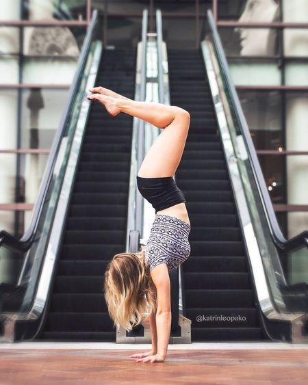 Circus Contortionist Contortion Flexible Streetphotography Dance Dancer Handstand  Girl Losangeles