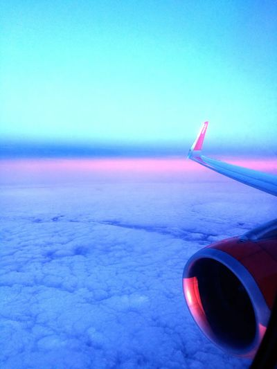 EasyJet Flight Home Dusk Pink Sunset Airplane