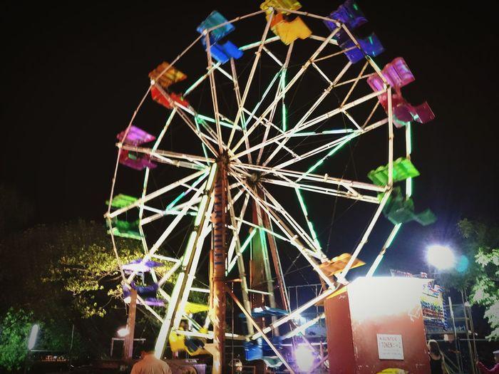 Ferris wheel. Taking Photos Funfair Funfair Streetphotography Fairground Nightphotography