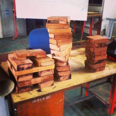 kerja kayu dah siap :3 Ikmlumut Foundri