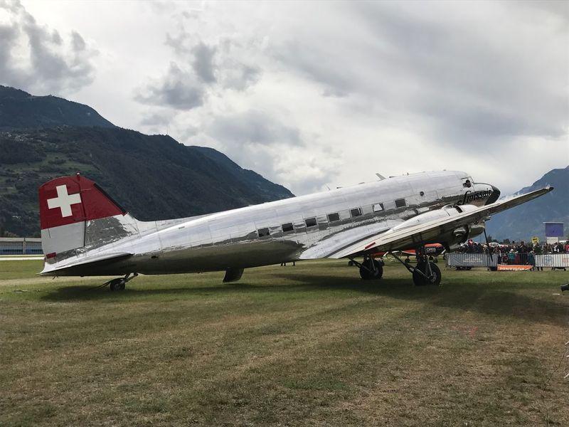 🇨🇭 Switzerland Sion Airshow @phaffner 2017 Plane Canal9 Valais Sion superbe journée passée avec mon fils