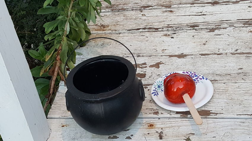 Witch's apple High Angle View Day No People Halloween Close-up Outdoors Fairytale  Candied Cauldron