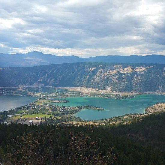 Sunday drive up towards Oyama lake, beautiful views of Kalamalkalake and Woodlake Beautifulbc Hellobc Imagesofcanada Okanagan Daysoff Roadtrip Canada Kallake Blue Teal Lakes  Septemberlong Throughanewlenscontest Natgeolandscape Travelabout Sundaydrive