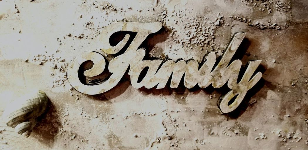 family sign Rustic Rustic Style Rustic Beauty Rustic Wedding Mix Media Family Letters Word Art Close-up Written Graffiti Spray Paint Handwriting  Rusty Street Art I Love You