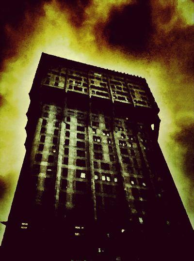 NEM Painterly Altered_Perceptions Urban Fantasy