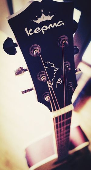 Playing Guitar Guitar Guitars Music 吉他 音乐