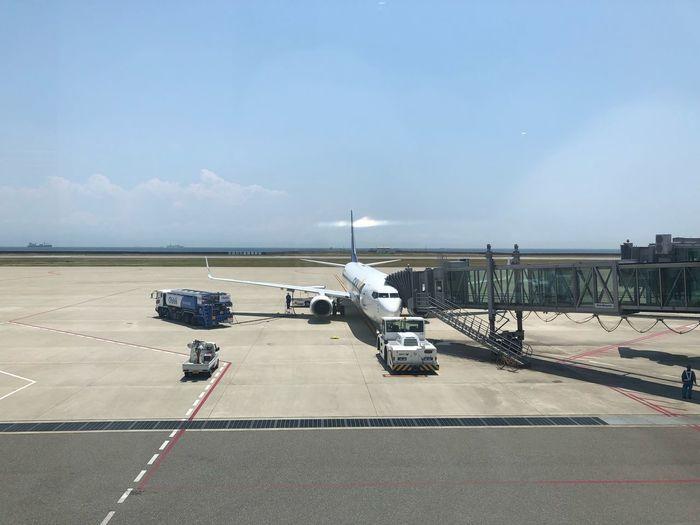 今から東京へ。#スカイマーク #SKYMARK Skymark Airlines Skymark Sky Transportation Nature Sea Cloud - Sky Day Water