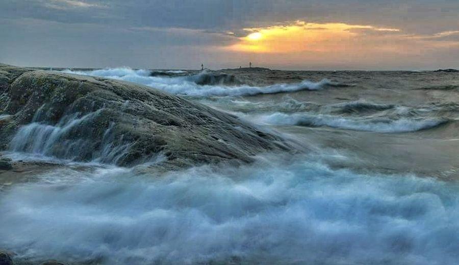 Wave Waterfall