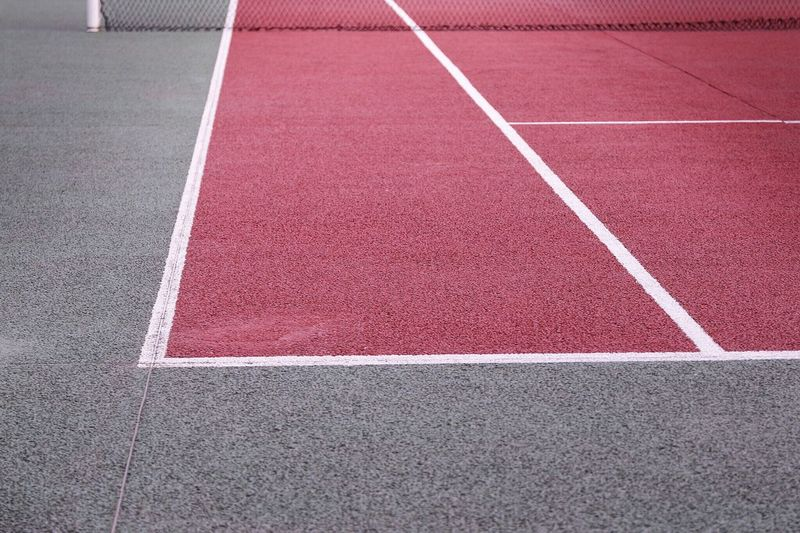 Tenniscourt Tennis Court Tennis 🎾 Court Lines Geometric Shapes Perspectives Colors Red Green Net Showcase: January Composition Simplicity Minimalism No People Streetphotography Design Textures And Surfaces Floor Sport Minimal Sports Beauty In Ordinary Things Sports Photography