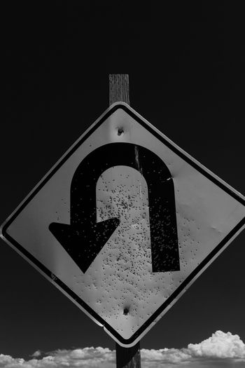 the turn Sign