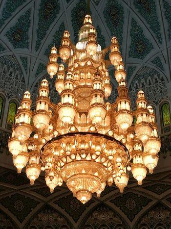 Muscat, Oman. Particolare della Grande Moschea Indoors  Muscat Mosque Mascate Muscat , Oman Chandelier Miles Away