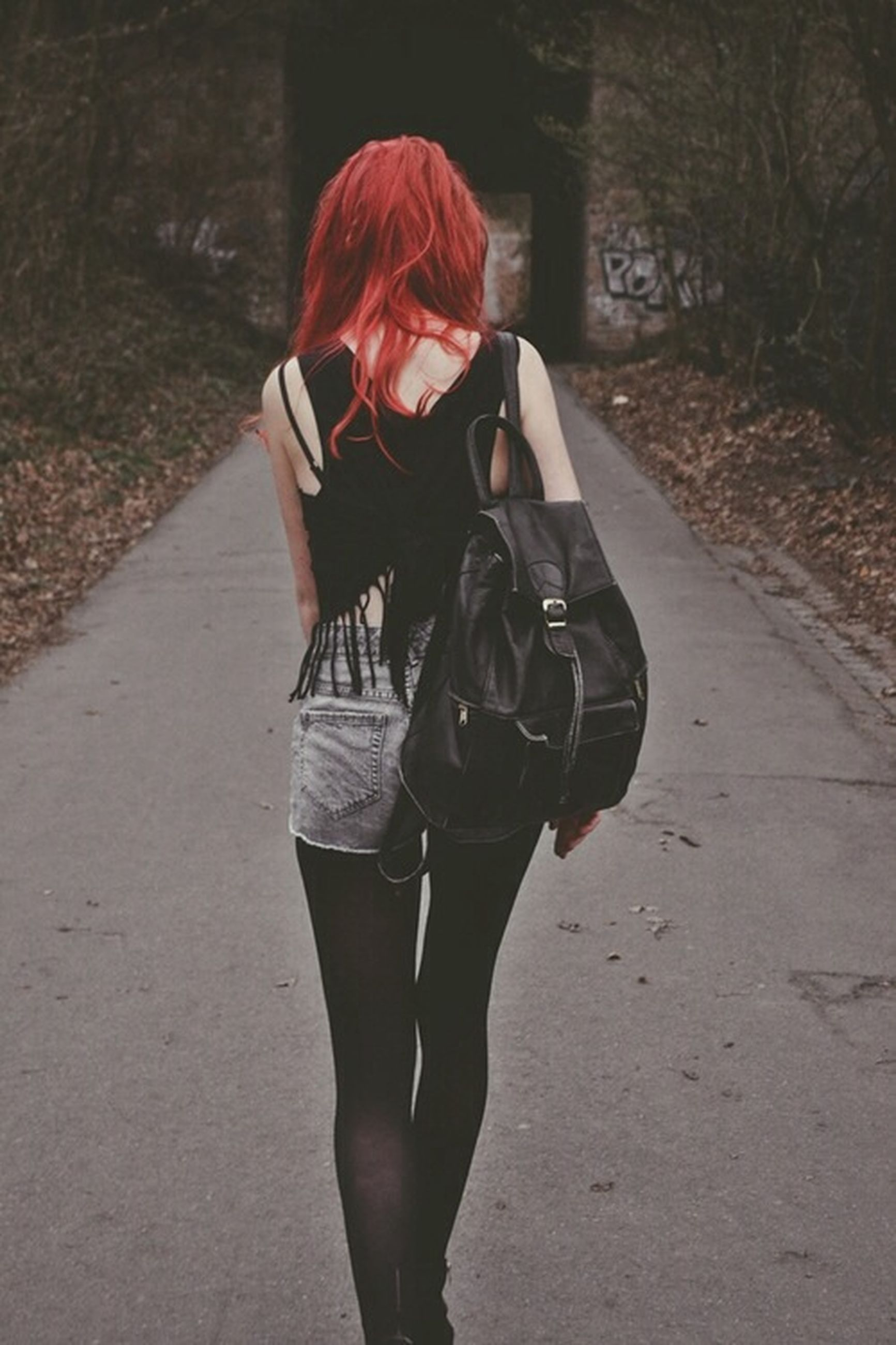lifestyles, full length, casual clothing, leisure activity, rear view, standing, walking, young adult, person, road, young women, street, front view, backpack, holding, warm clothing, three quarter length