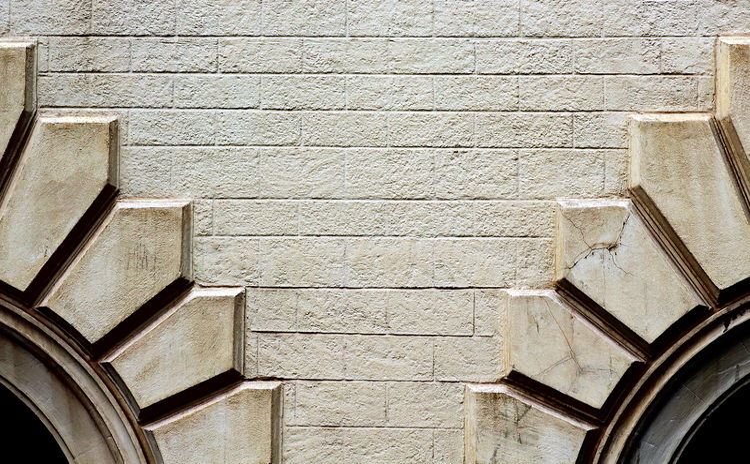 Ambientazione Esterna Architecture Building Exterior Built Structure Centro Storico Di Messina Edificio Finestre Inverno Italy Low Angle View Messina Muro  No People Outdoors Palazzo Sicily Stretto Di Messina Wall Windows Winter