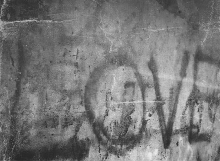Notes From The Underground Graffiti Urban Art Graffiti The World Love♥ Lovenote Graffitiporn