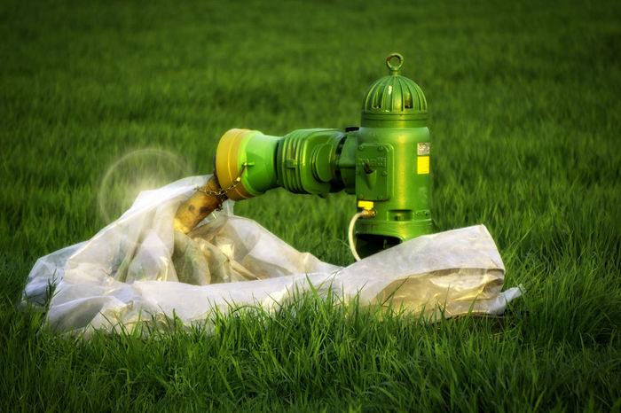 Day Field Grass Green Color Landscapephotography Lichteffekte Nature Naturephotography No People Outdoors Pump Wasserpumpe