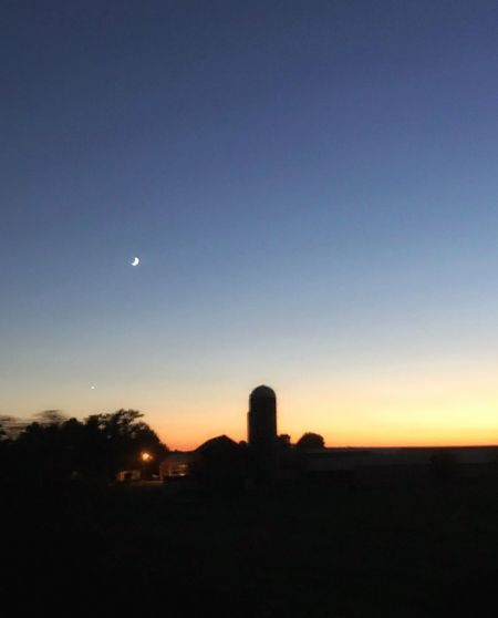 Sunset and moonrise in the mid west Visiting The Kids In Wisconsin Sky Moon Silhouette Sunset Scenics - Nature Beauty In Nature Tranquil Scene Dusk