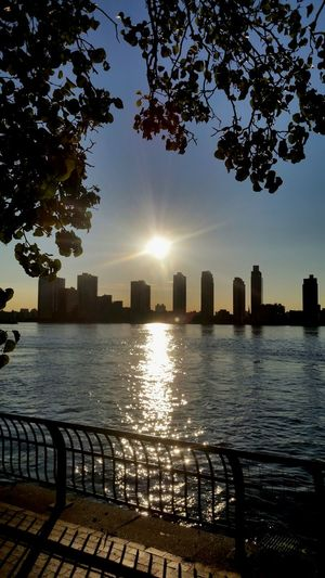 Picture taken from fdr drive nyc looking at queens. NYC FDR Drive 1st Avenue Beautiful Taking Photos Check This Out Relaxing Good Morning Morning Day