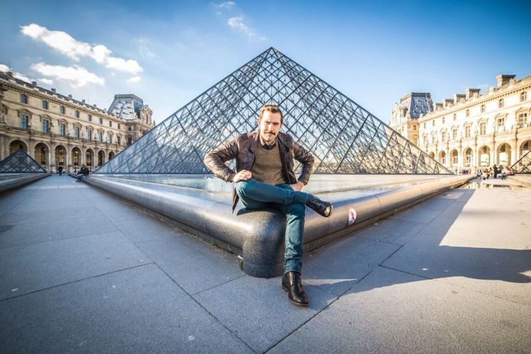 Moustache Show Us Your Mo By Movember Amazing View Pyramide Du Louvre