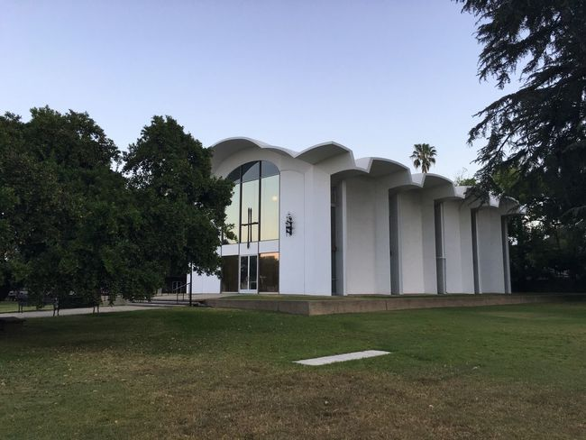 Built Structure Architecture Tree Day Building Exterior Outdoors No People Clear Sky Grass Nature Filminglocation Thegraduate Church California Midcentury Modern
