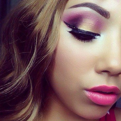 Fashionworkstv BeautyUp Hair Makeup Maquillage Makijaz Nails Eyeshadow eyeliner eyelashes pink black gold Lipstick pinkLipstick model beauty mascara instamakeup fashionworks5 smile woman eyebrows