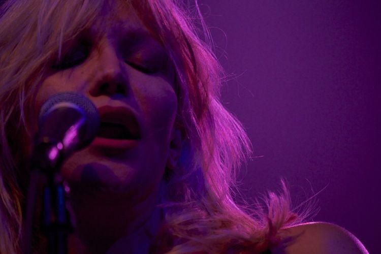 Leroe24fotos.com Press-Pass Courtney Love