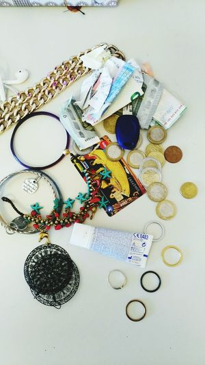 Arriving At Home Earring  At Home Rings Inside My Pockets Objects From My Pockets Earring  Objects When You Arrive At Home Money Key Euro Earring  Money Collection Day Close-up No People