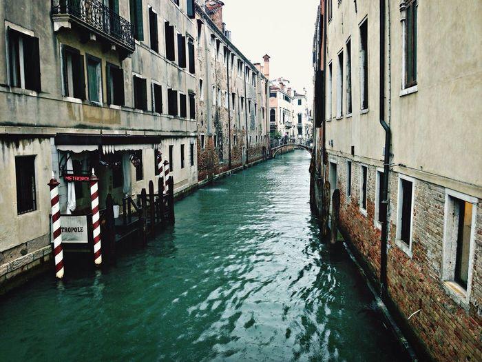 Around The World By Lufthansa Venezia Love Shop