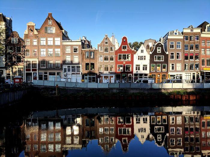 Good morning Amsterdam, you look fabulous. KotlinConf