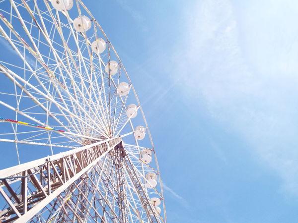 Blue Sky Blackpool Central Pier Central Pier Big Wheel Ferris Wheel Blue White The Essence Of Summer Tourist Attraction  Tourism Summertime Summer 2016 Minimalist Architecture