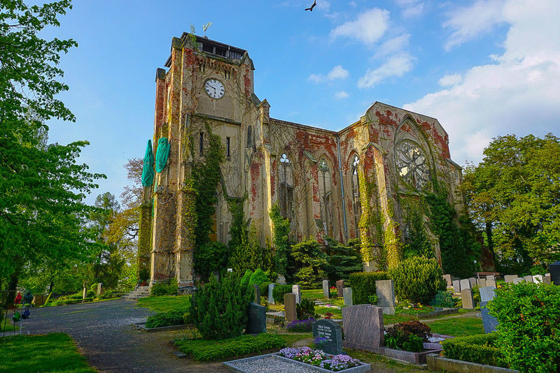 Kirche in Leipzig Wachau History Outdoors Travel Destinations No People Sculpture Architecture Sky Day Green Color Flower Power Statue