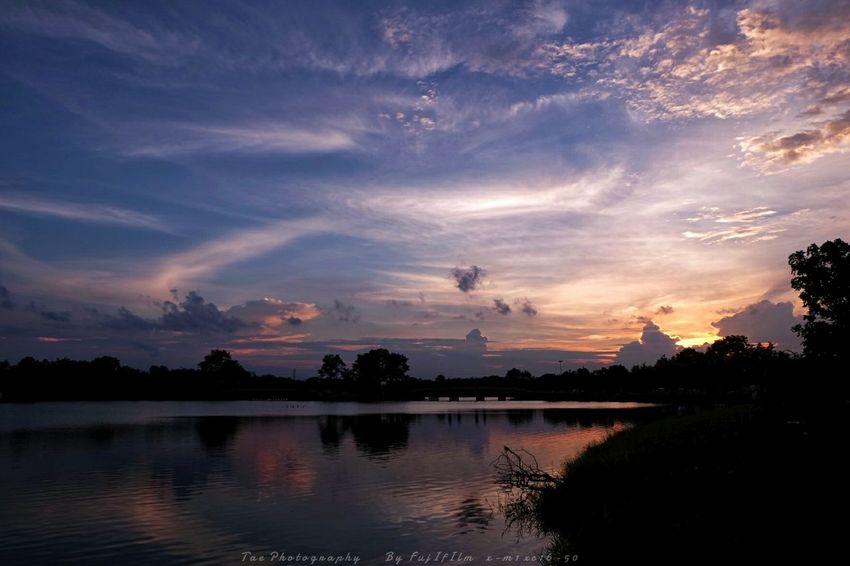 มุมใหม่แต่สถานที่เดิม | Twitter@Tae_photography Enjoying Life Taking Photos View Nature Sunset Fujifilm X-m1 Enjoying The Sun Sky Summer Views Enjoying The View
