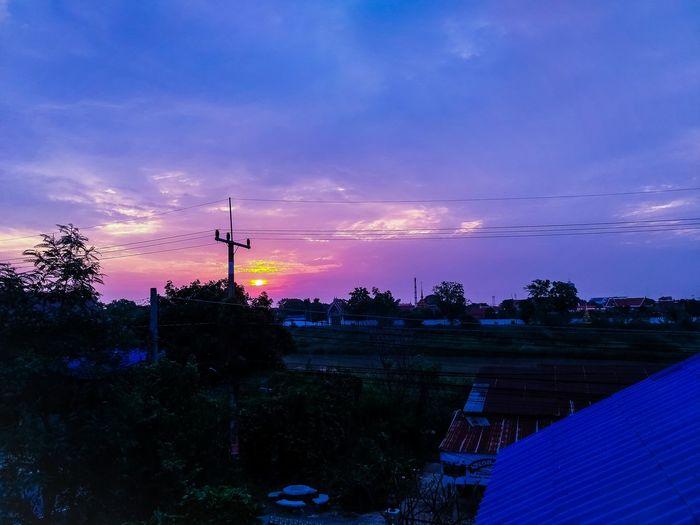 Good morning Sunlight Showphotography Cityscape Village View EyeEm Nature Lover Enjoying Life Technology Tree Sky Cloud - Sky