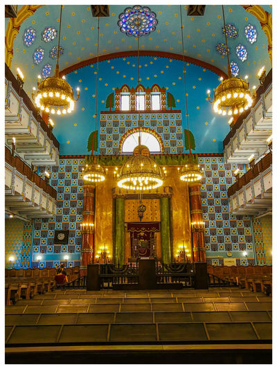 synagogue Travel Destinations Turistic Attractions Tredition Hungary Illuminated Ceiling Architecture