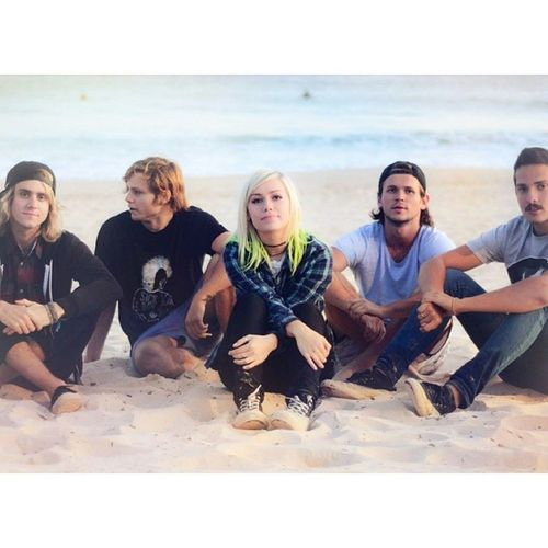 idk I just really like making these kind of edits? like it's just fun and I already so many that I'm ready to post, it's all very exciting (Tonightalive JennaMcDougall WhakaioTaahi JakeHardy CamAdler MattBest bands)