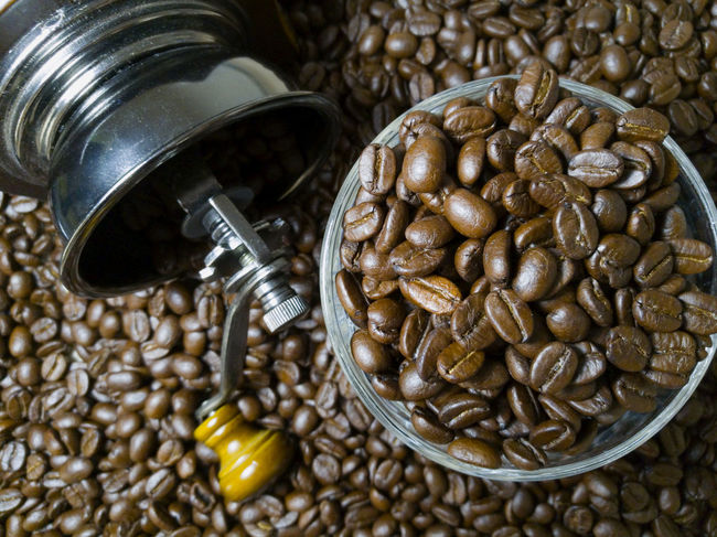 Aroma Aromatic Bean Beans Close-up Coffee Coffee Break Coffee Lover Cultures Day Esspresso Food Food And Drink Freshness Grind Coffee Grind Coffee Beans Hand Coffee Grinder Healthy Eating Hipter Indoors  No People