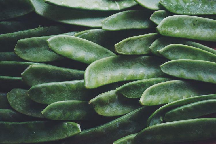 Full frame shot of snow peas