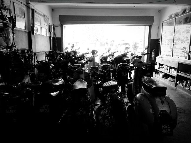 Blackandwhite Workshops Motorcycle Shahalam Seksyen7 SelangorDahrulEhsan Malaysianstreet