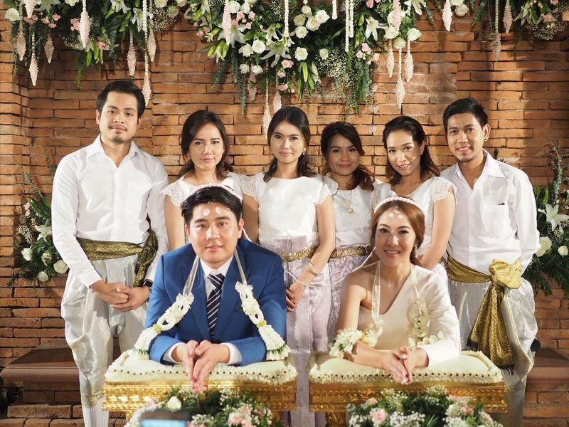 Yuii's wedding Group Shot Wedding Day Wedding Photography Happiness Smiling Wedding Thaiwedding