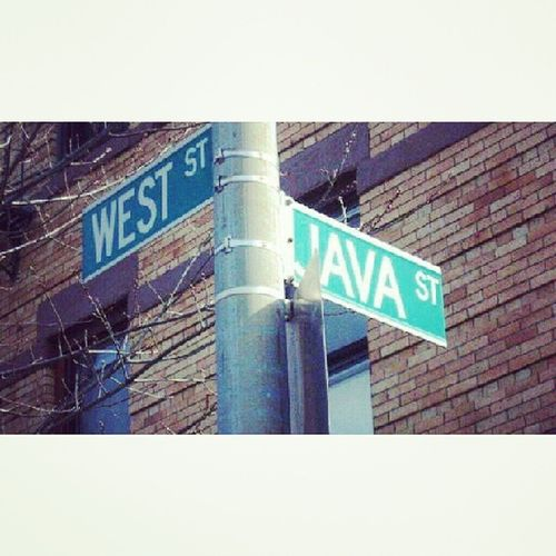 """In NYC there are roads named after the name of the island in Indonesia """"JAVA ST"""" Instapic Instagood NYC Javast indonesia street amazing instaday"""