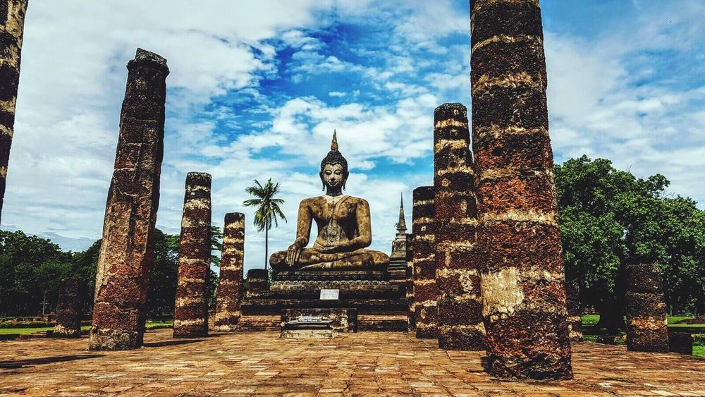 Statue Religion Sculpture Spirituality Cloud - Sky Sky Day No People Architecture Ancient Civilization Outdoors Buddah National Park Sukothai EyeEmNewHere