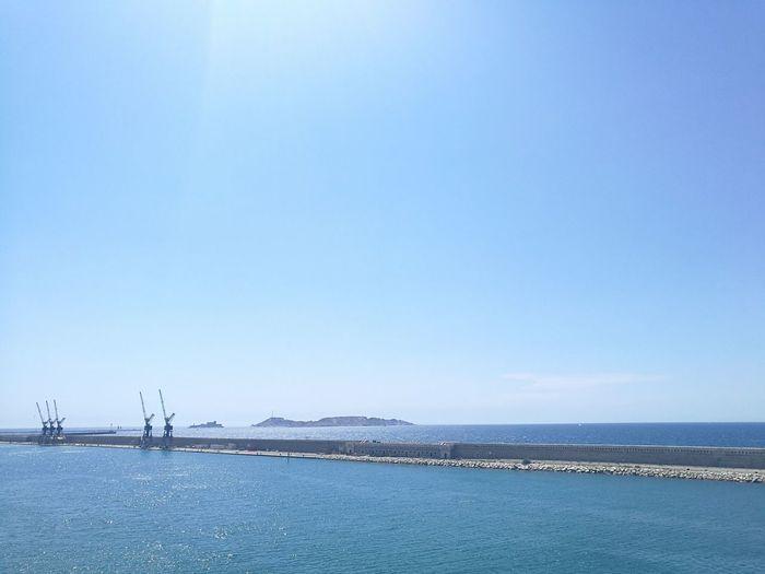 Aout et sa belle bleu... Marseille et nul part ailleurs!❤ Harbor Sea Water Clear Sky Marseillerebelle -C-