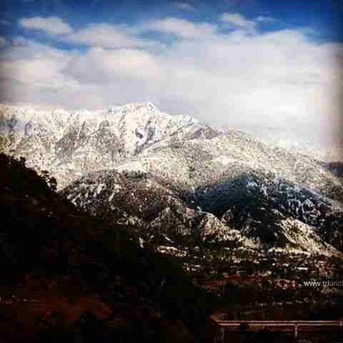 Repost of Snow covered Palampur Jan 2015 side Dhauladhar Mountains looking over Neugal . Snowscape Mountaingram Mountainscape Skyscape Snowgram Nature Canon Photography