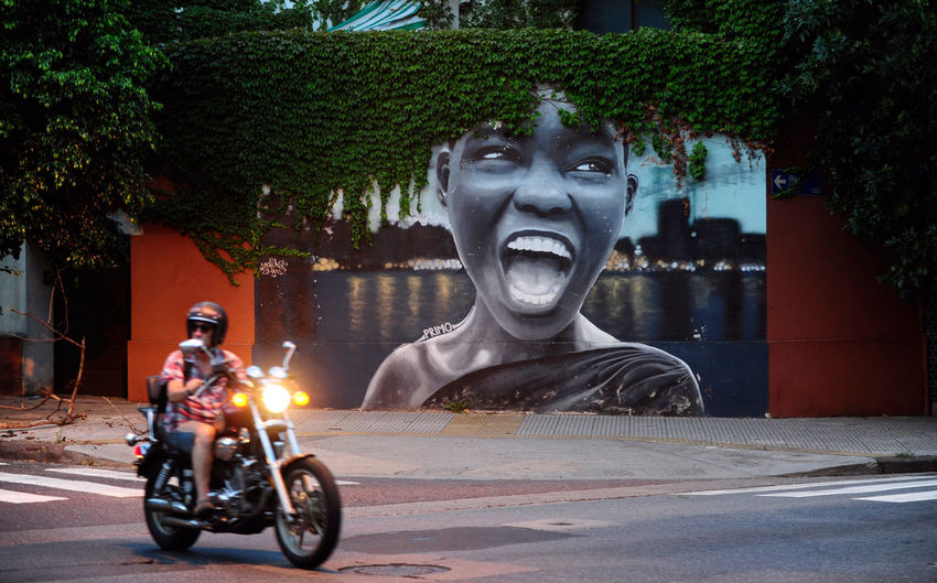 Art wall Afro Black Girl Paint Street Art/Graffiti Afrohair Argentina City Graffiti Art Grafitti Grafitti Street Art Grafitti Wall Motorcycle Mural Mural Art One Person Outdoors People Street Street Art Street Art Photography Streetphotography Transportation Tree Villa Urquiza Wall Paint