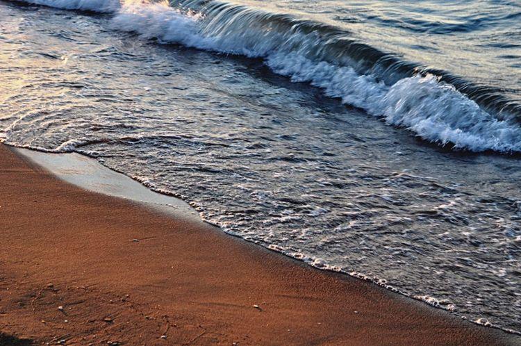 Waves Waves Rolling In Sea Blackseaside Seaside Seascape Holidays ☀ Holidays Power In Nature Taking Photos Turkey Blue Wave Sand & Sea Sand Kumsal Günbatımı Beachphotography Holiday Memories Deniz Dalgalarınköpürtmesi Tatilkafasi Calm Water